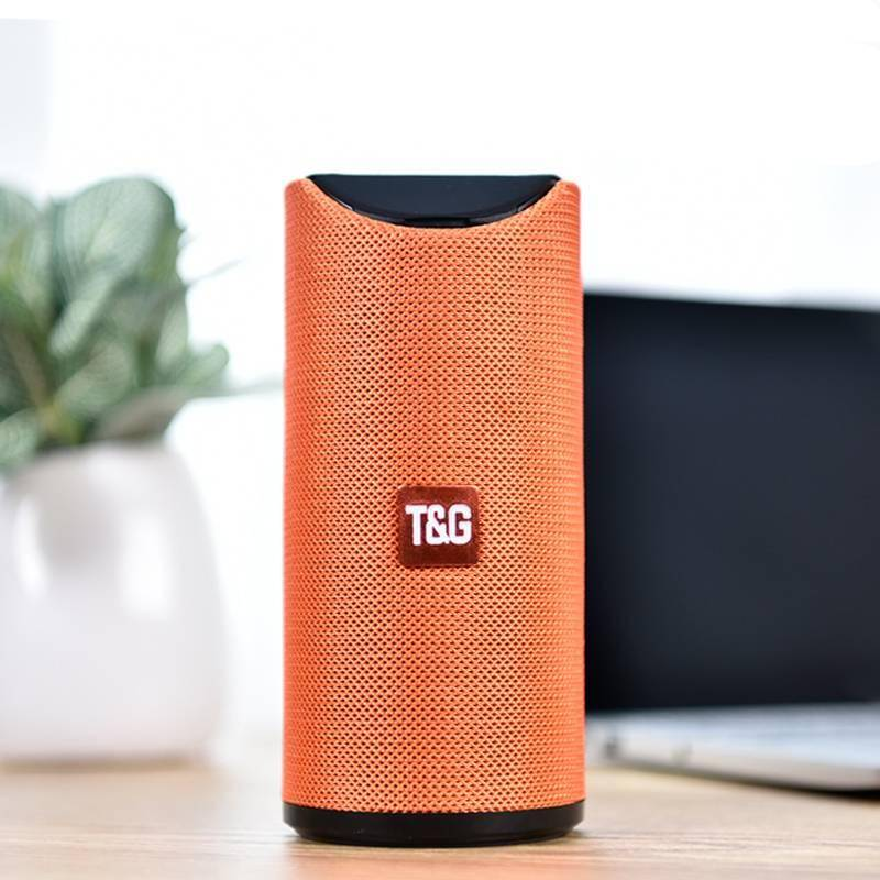 Portable Bluetooth Speaker with FM Radio iPhone cases, wireless speakers, activity trackers & cool gadgets